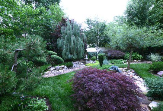Creative Gardens: Six Idylls of Individuality