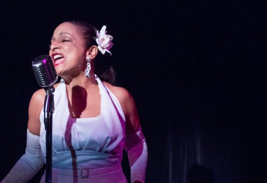 Nedra Dixon does Billie Holiday in Spinning Tree Theatre's 'Lady Day'