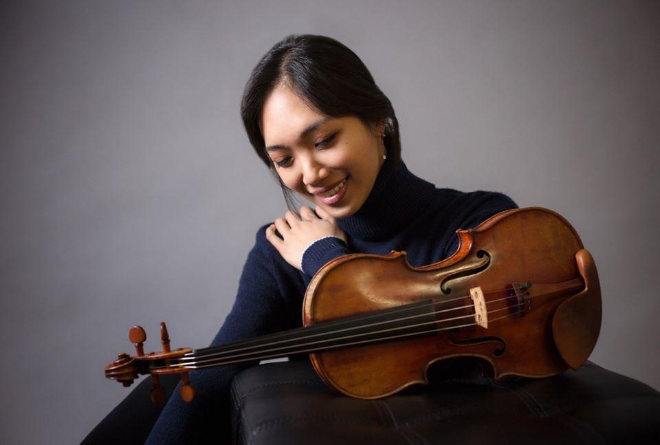 Violinist Nancy Zhou