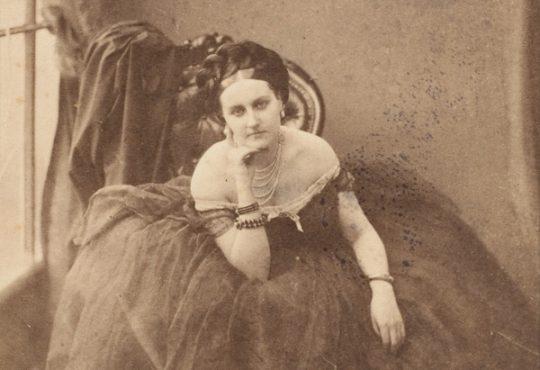 A Rebel Pioneer of Female Self-Portraiture